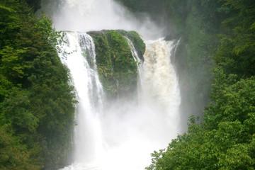 Wasserfall im Rio Simpson Nationalpark Patagonien Chile