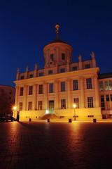 Altes Rathaus Potsdam saniert, Nachts hochkant 2