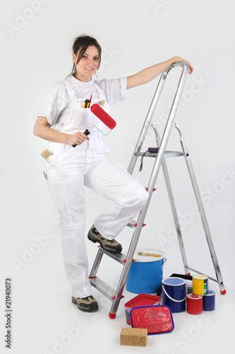 femme peintre en b timent photo libre de droits sur la banque d 39 images image. Black Bedroom Furniture Sets. Home Design Ideas