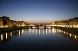 Florencia, rio arno al atardecer poster