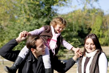 Balade en famille à la campagne