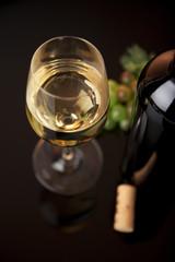 weißwein stilleben
