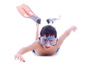 child swimming with flippers and mask