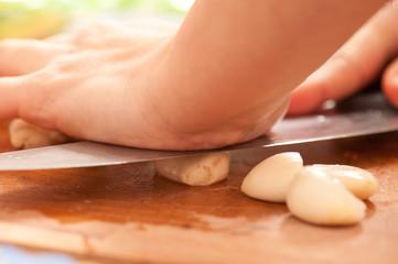 Crushing garlic 1
