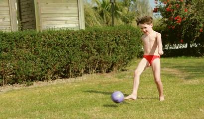 Max beim Fußballspiel