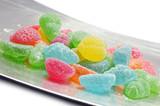 caramelle gelatine sul vassoio poster