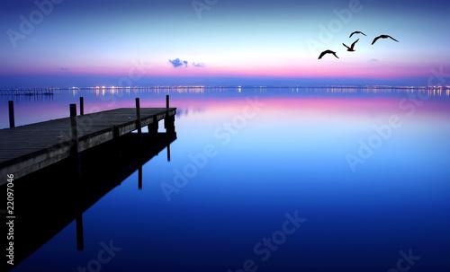 Deurstickers Pier embarcadero en el lago