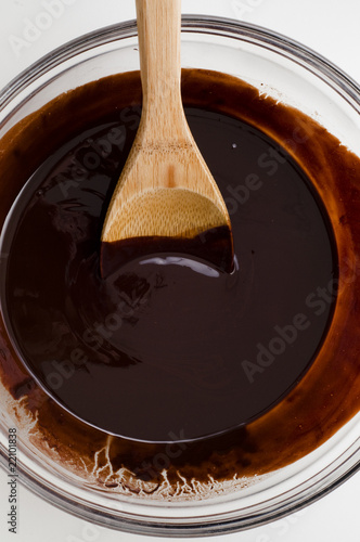 Melted dark chocolate in bowl