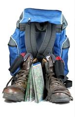 2 Wanderschuhe mit Karte und Rucksack
