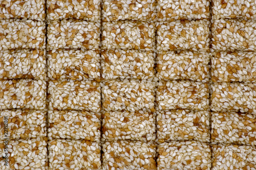 Sesame seeds in sugar