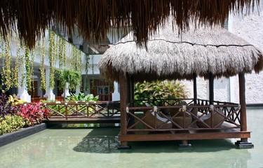 complexe hôtelier de luxe sur lagune