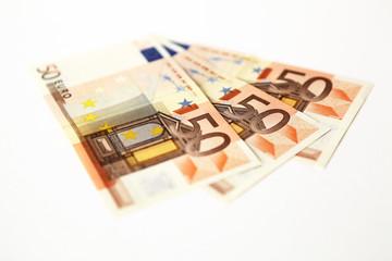150 € cash en 3 billets de 50 euros