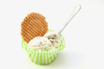 gelato alla stracciatella