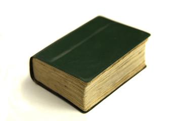Libro sobre fondo blanco