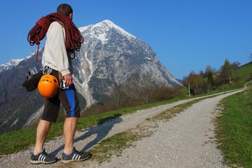 Rock climbing, access to the mountain