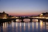 Florencia, rio arno al anochecer poster