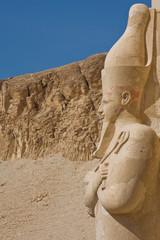 Tempel-Statue