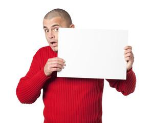 jeune homme pancarte carton blanc publicitaire