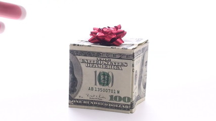 Topping money box with festive bow - HD