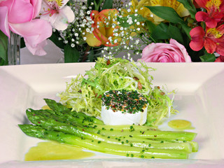 Asparagus Salad with Herbed Mozzarella