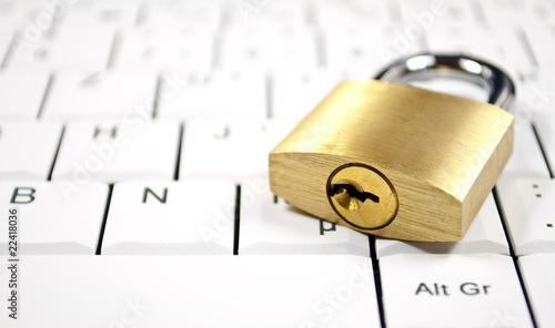 Computer Sicherheit - 22418036