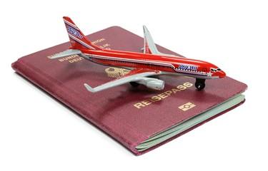 Reisepass DE mit Flieger