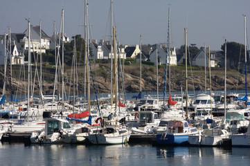 particolare del porto turistico di Concarneau, Bretagna