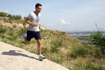 Corsa veloce in discesa