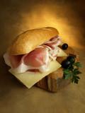 Bocadillo de jamón y queso poster