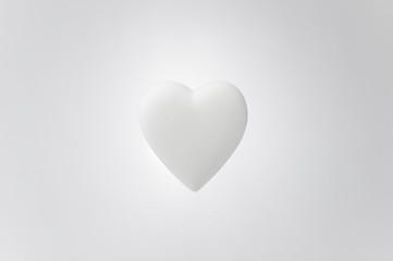 浮遊する白い愛