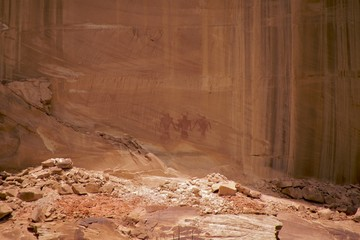 Fremont petroglyphs with human figures, Calf Creek Falls Trail