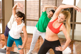 Fotoroleta Aerobics class in a gym