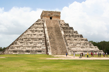 piramide di chichen itza, messico