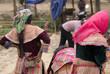 Vietnamese women at market