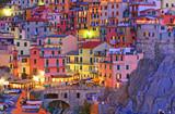 Włoska Manarola kolorami osnuta