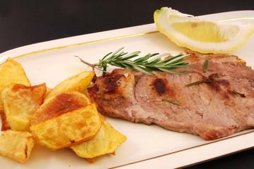 Patatine fritte e bistecca