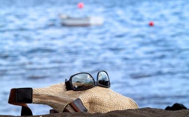 Handtasche am Strand I