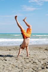 Ginnastica sulla spiaggia