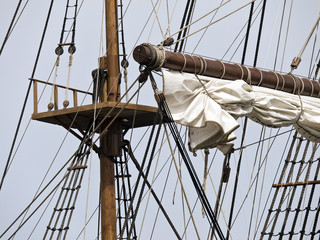 17th Century Galleon Crow's Nest