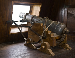 17th Century Galleon Cannons