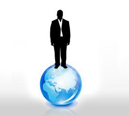 Geschäftsmann steht auf der Weltkugel