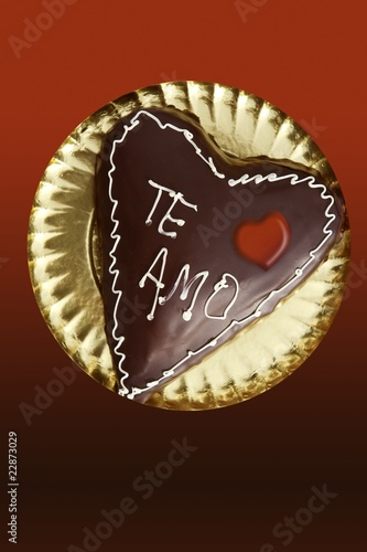 chocolate heart shape cake valentine day