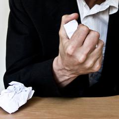 froisser du papier