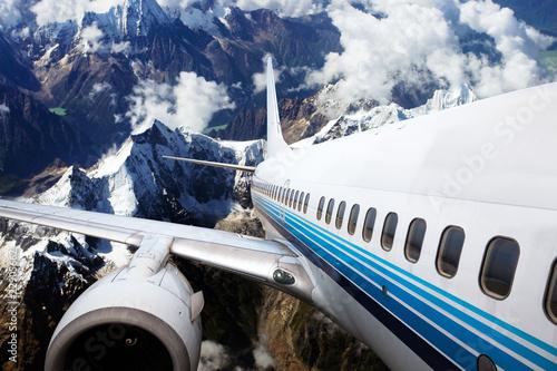wznoszacy-sie-samolot