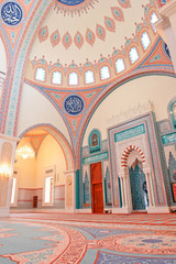 Muscat - Oman, Sultan Taymoor Mosque - Interior