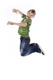 Fototapety junge springt hoch wd721