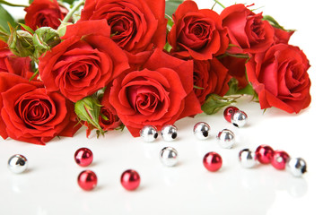 Red roses and beads