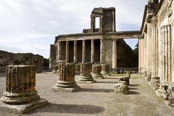 Pompéi, la basilique