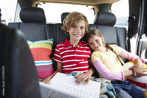 Kids with a computer