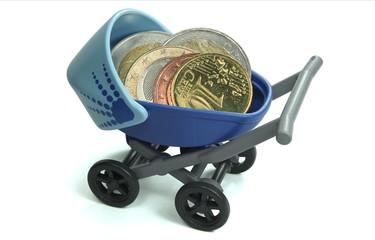 Münzen in Kinderwagen